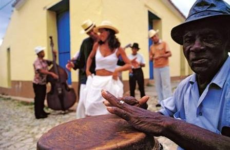 bar afro latino
