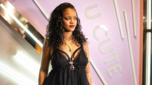 savage-x-fenty-lingerie-rihanna1-sh-ml-180511_hpMain_16x9_992